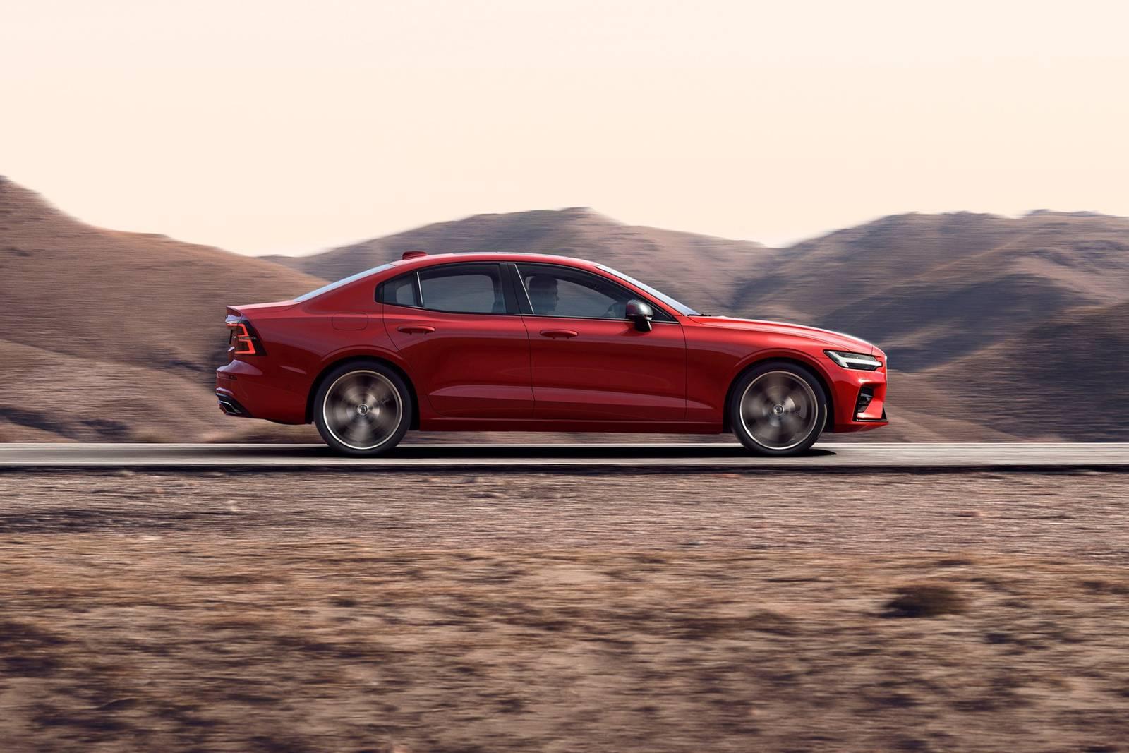 2019 Volvo S60 T6 R-Design in Fusion Red Metallic