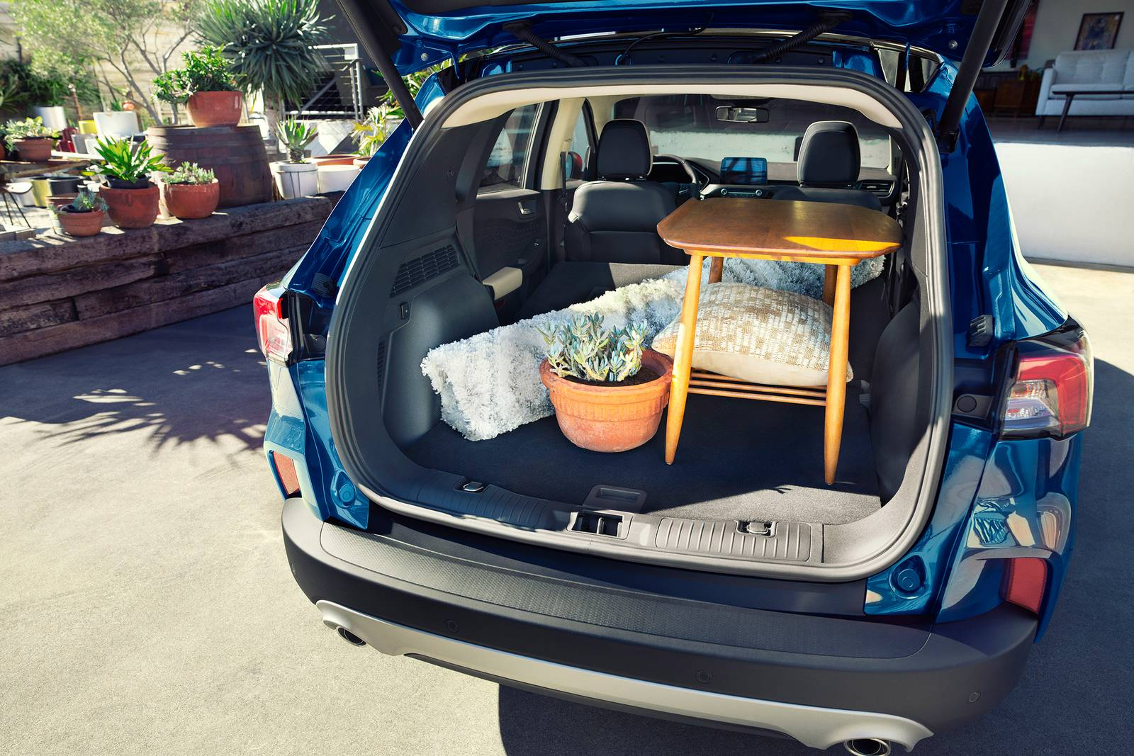 2020 Ford Escape Hybrid Trunk Space